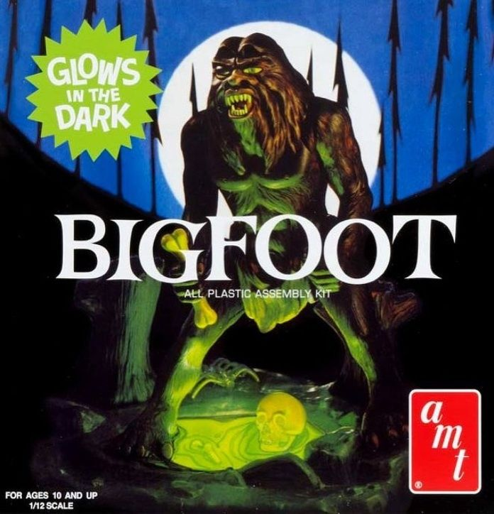1/12 Scale Bigfoot Glow in the Dark Plastic Model Kit