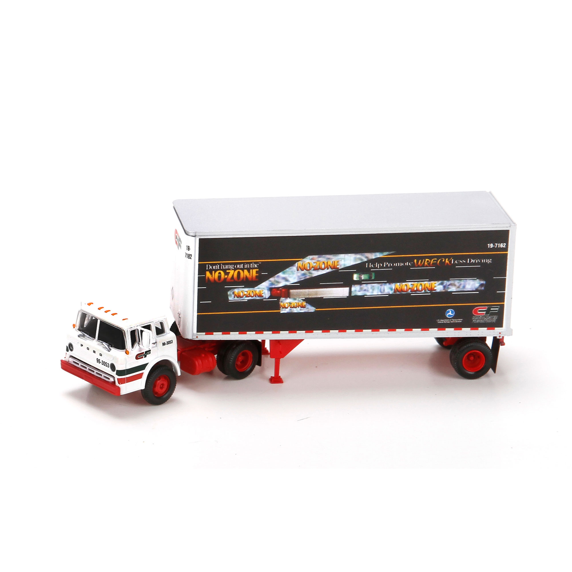 HO RTR Ford C w/28' Smooth Trailer, CF/No Zone