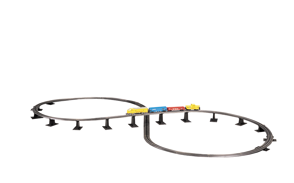 Steel Alloy E-Z TRACK Over-Under Figure 8 Track Pack (HO Scale)