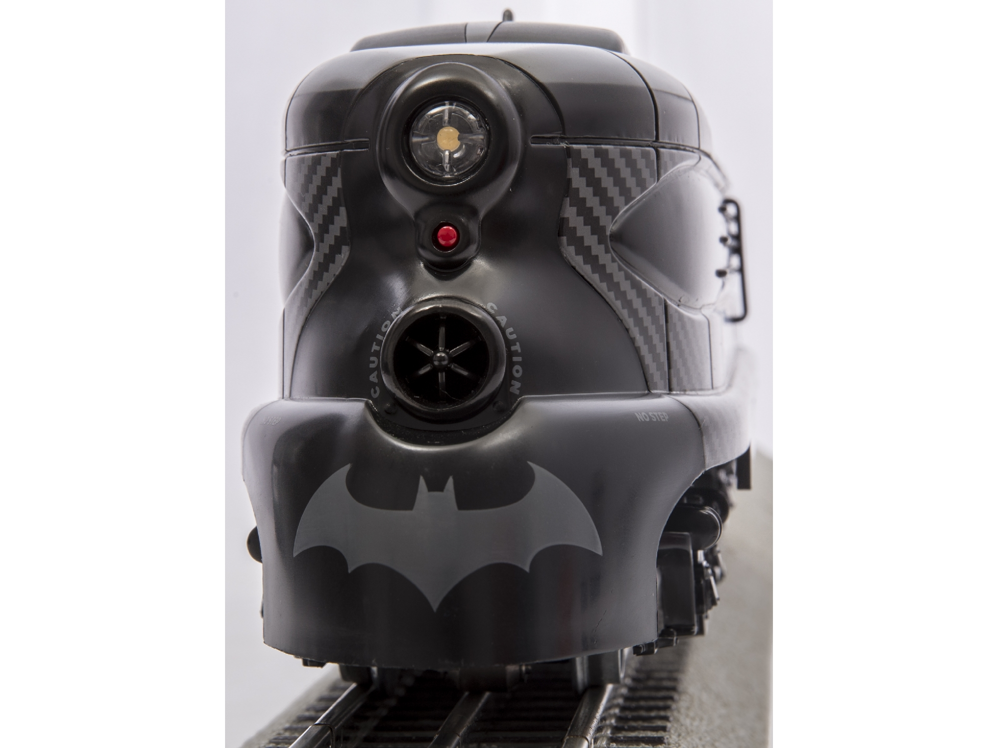6-81470 DC COMICS BATMAN PHANTOM LIONCHIEF™ TRAIN SET