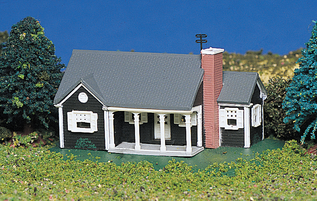 New England Ranch House (N Scale)