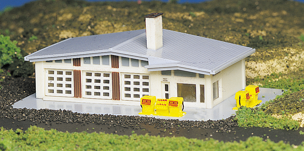 Gas Station (N Scale)