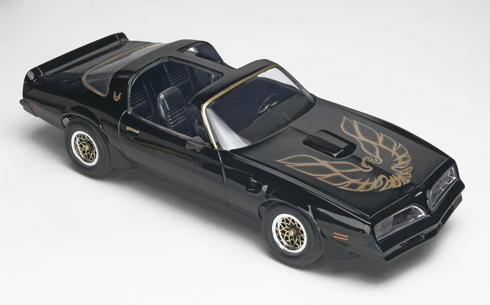 1/24 '78 Pontiac® Firebird® 3'n 1 Plastic Model Kit